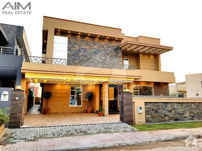 Designer 5 Bed Luxurious House For Sale