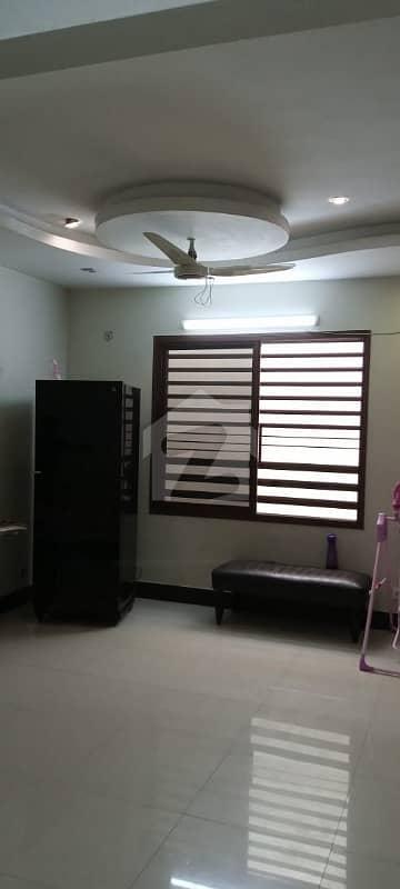 گلشنِ اقبال گلشنِ اقبال ٹاؤن کراچی میں 3 کمروں کا 8 مرلہ بالائی پورشن 2 کروڑ میں برائے فروخت۔