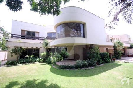 32 Marla General Villa For Rent In Cant