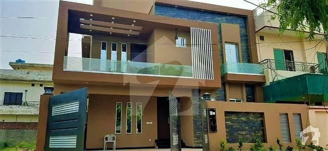 واپڈا ٹاؤن لاہور میں 6 کمروں کا 10 مرلہ مکان 2.75 کروڑ میں برائے فروخت۔