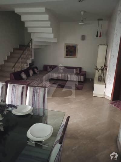 فضائیہ ہاؤسنگ سکیم فیز 1 فضائیہ ہاؤسنگ سکیم لاہور میں 4 کمروں کا 10 مرلہ مکان 1.6 کروڑ میں برائے فروخت۔