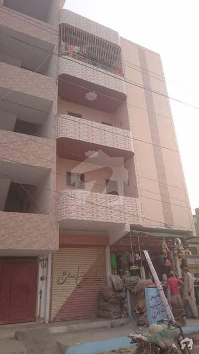 دیگر سُرجانی ٹاؤن گداپ ٹاؤن کراچی میں 2 کمروں کا 3 مرلہ فلیٹ 27 لاکھ میں برائے فروخت۔