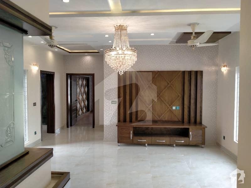 واپڈا ٹاؤن فیز 1 واپڈا ٹاؤن لاہور میں 6 کمروں کا 1 کنال مکان 4.9 کروڑ میں برائے فروخت۔