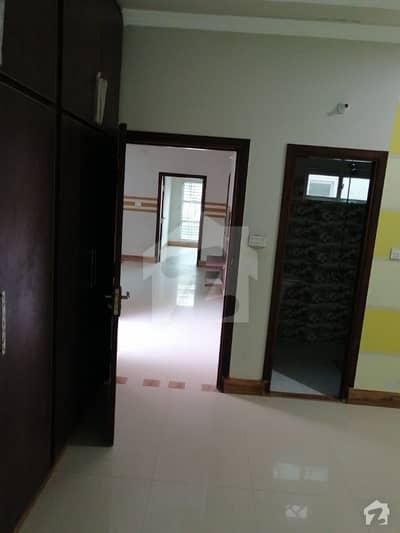 مسلم ٹاؤن بہاولپور میں 2 کمروں کا 5 مرلہ مکان 18 ہزار میں کرایہ پر دستیاب ہے۔