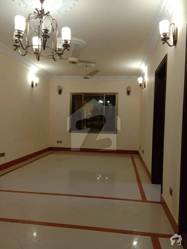2000  Square Feet Flat Is Available For Rent In D. H. A