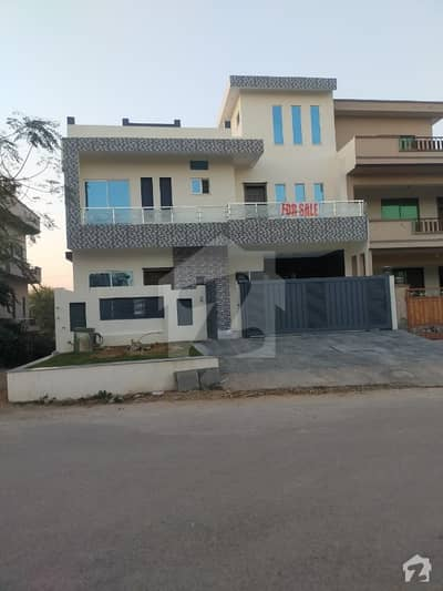 Brand New Triple Storey Street Corner 10 Marla House For Sale In G-133