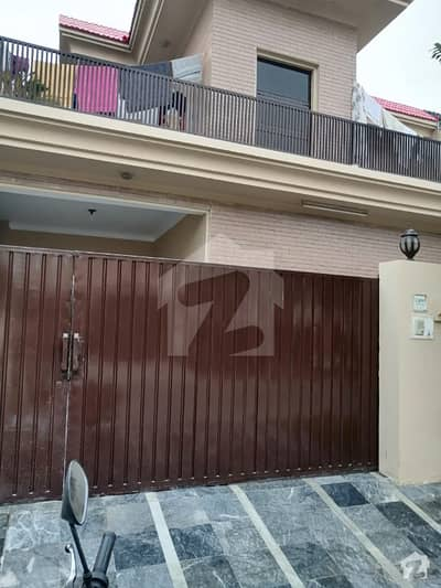 10 Marla Out Class Location Upper Lock Lower Portion Are Available For Rent In Phase 4