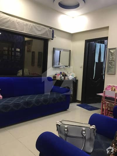 600  Square Feet Flat Ideally Situated In Shahra-E-Liaquat
