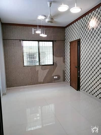 ڈی ایچ اے فیز 6 ڈی ایچ اے کراچی میں 3 کمروں کا 6 مرلہ فلیٹ 1.7 کروڑ میں برائے فروخت۔