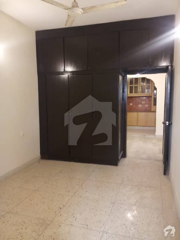 Apartment Available For Rant