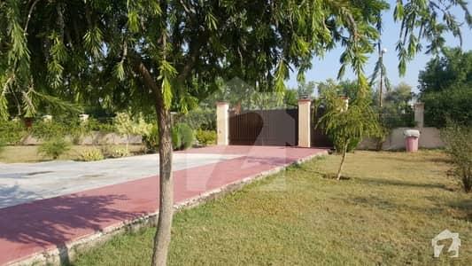 اڈیالہ روڈ راولپنڈی میں 3 کمروں کا 5.56 کنال فارم ہاؤس 2.4 کروڑ میں برائے فروخت۔