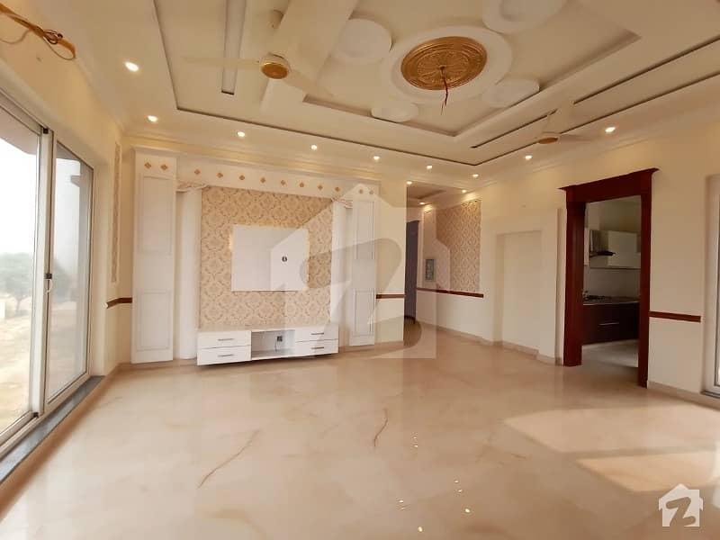 ڈی ایچ اے فیز 7 ڈیفنس (ڈی ایچ اے) لاہور میں 3 کمروں کا 1 کنال بالائی پورشن 45 ہزار میں کرایہ پر دستیاب ہے۔