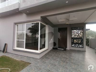10 Marla House For Sale In Dha Phase 8 Air Avenue Block P