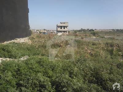 آئی۔12/4 آئی ۔ 12 اسلام آباد میں 7 مرلہ رہائشی پلاٹ 86 لاکھ میں برائے فروخت۔