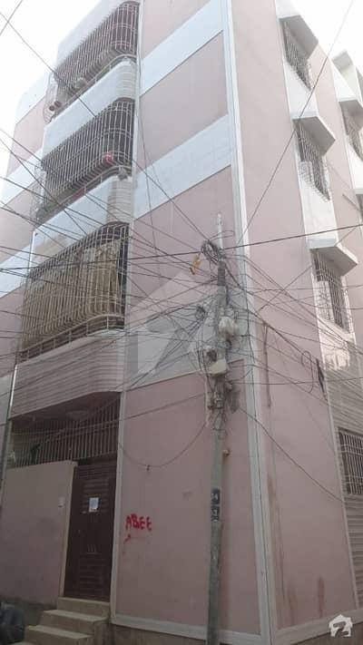 نارتھ کراچی کراچی میں 2 کمروں کا 4 مرلہ فلیٹ 40 لاکھ میں برائے فروخت۔