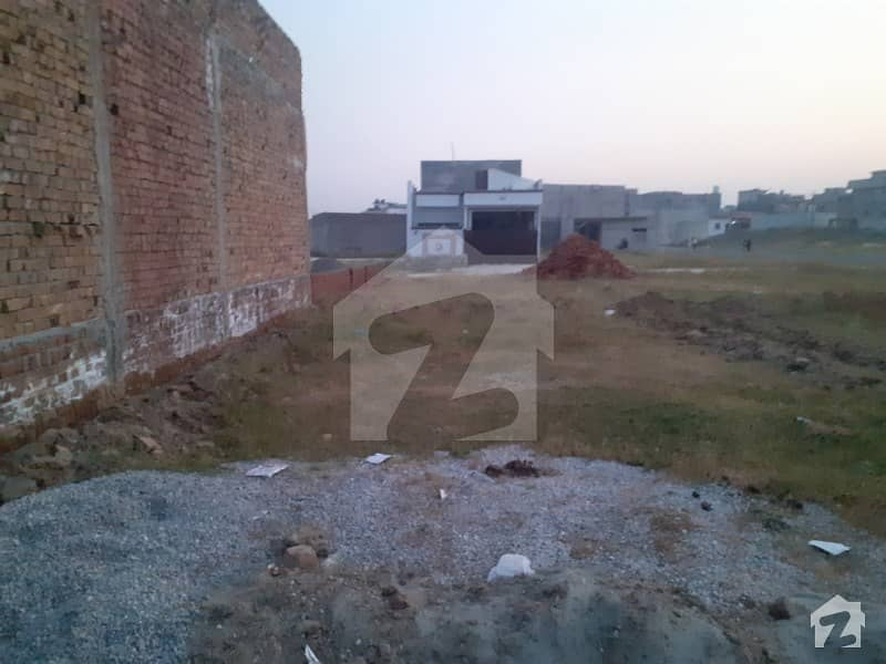 1125  Square Feet Residential Plot In Shaheen Town For Sale At Good Location