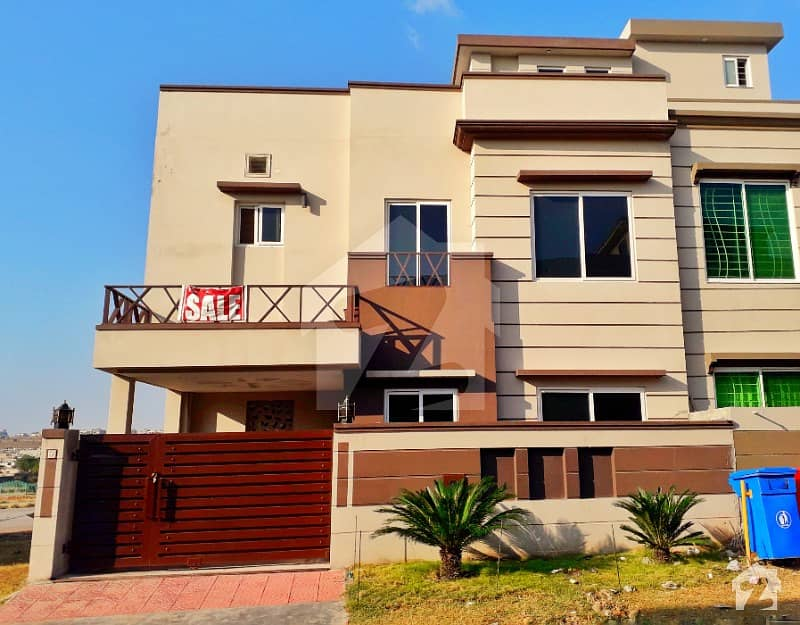 Beautiful Main BW Back 5 Marla Double Storey House For Sale Bahria Town Phase 8 Ali Block Rwp
