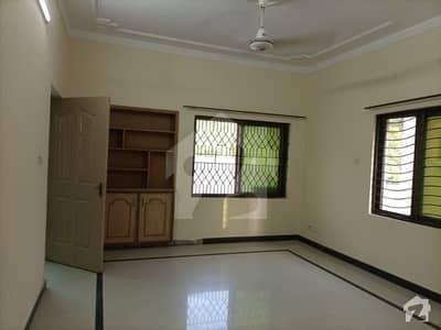 10 Marla 4-bedroom's House For Rent In Askari 9 Zarrar Shaheed Road Lahore Cantt