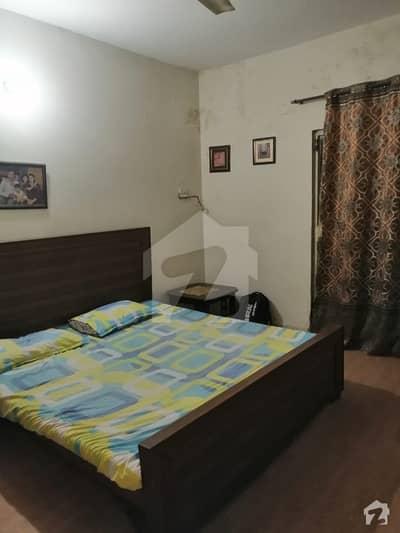رحمان گارڈنز لاہور میں 1 کمرے کا 7 مرلہ بالائی پورشن 15 ہزار میں کرایہ پر دستیاب ہے۔