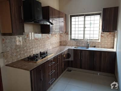 10 Marla Upper Portion Is For Rent In Ex Air Avenue Dha Phase 8