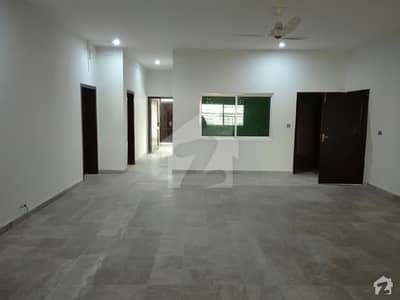 2 Kanal House In Soan Garden For Rent At Good Location