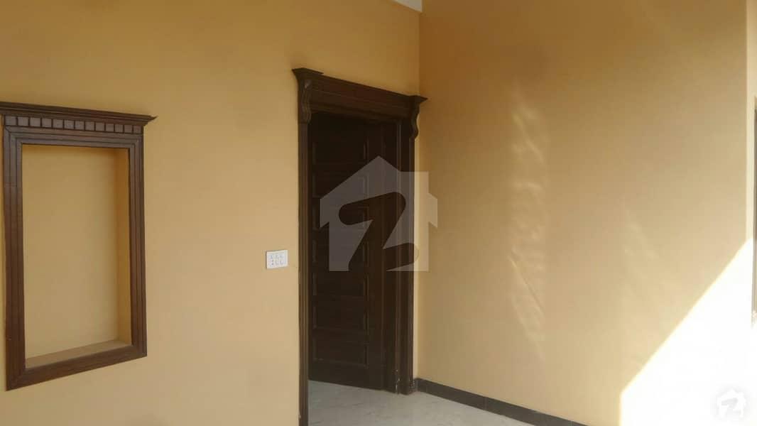 سلوراوکس اپارٹمنٹ ایف ۔ 10 اسلام آباد میں 2 کمروں کا 4 مرلہ فلیٹ 2.5 کروڑ میں برائے فروخت۔