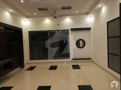 27 Marla Luxurious Location House Are Available For Sale In Sui Gas Housing Society