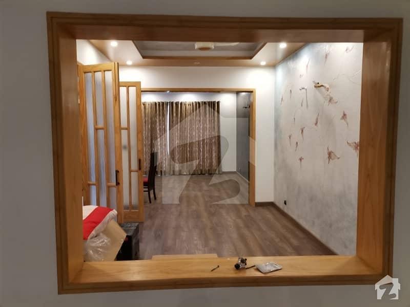 گلبرگ 4 گلبرگ لاہور میں 4 کمروں کا 10 مرلہ مکان 2.5 لاکھ میں کرایہ پر دستیاب ہے۔
