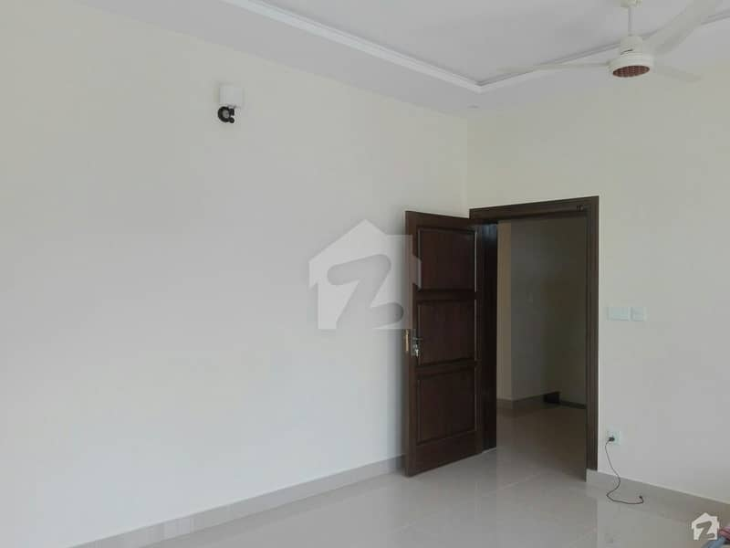 In Pakistan Town 10 Marla Upper Portion For Rent