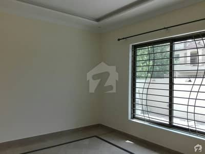 1 Kanal Upper Portion In Pakistan Town For Rent