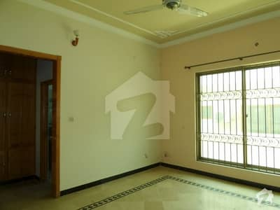 تارامری اسلام آباد میں 2 کمروں کا 5 مرلہ مکان 68 لاکھ میں برائے فروخت۔