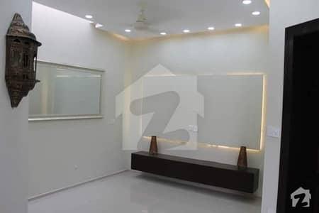 بحریہ ٹاؤن رفیع بلاک بحریہ ٹاؤن سیکٹر ای بحریہ ٹاؤن لاہور میں 3 کمروں کا 5 مرلہ مکان 1.35 کروڑ میں برائے فروخت۔