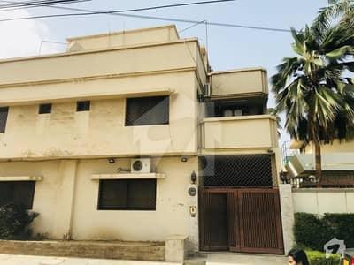 ٹیپو سلطان روڈ کراچی میں 4 کمروں کا 6 مرلہ مکان 5 کروڑ میں برائے فروخت۔