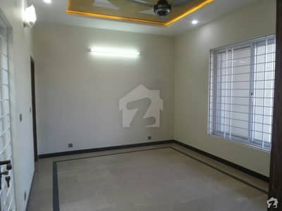 4 Marla Lower Portion In Central Dhok Kashmirian For Rent