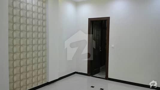 گلریز ہاؤسنگ سکیم راولپنڈی میں 6 کمروں کا 6 مرلہ مکان 1.45 کروڑ میں برائے فروخت۔