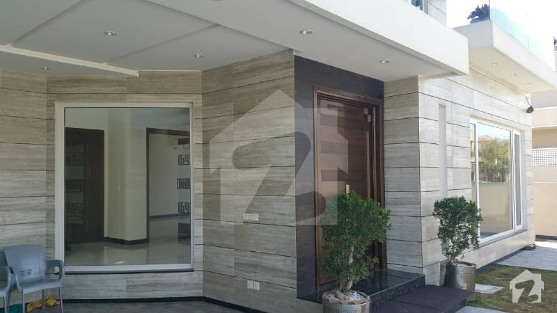 E-11/3 Multi Professional Society Brand New House 8 Bedrooms Price 1050 Crores