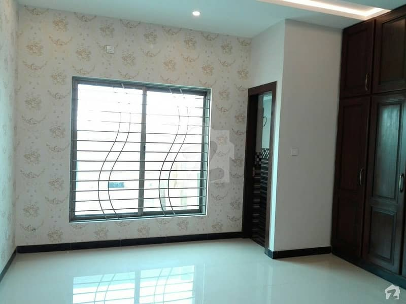 10 Marla Upper Portion Situated In Pakistan Town For Rent