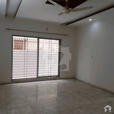 Spacious Upper Portion Is Available In Dha Defence For Rent