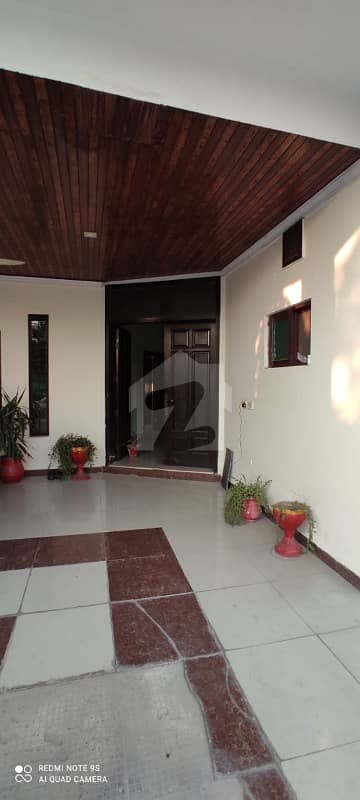 One Kanal Used House Available For Sale In Valencia Town Lahore