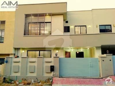 بحریہ ٹاؤن فیز 8 بحریہ ٹاؤن راولپنڈی راولپنڈی میں 4 کمروں کا 7 مرلہ مکان 1.3 کروڑ میں برائے فروخت۔