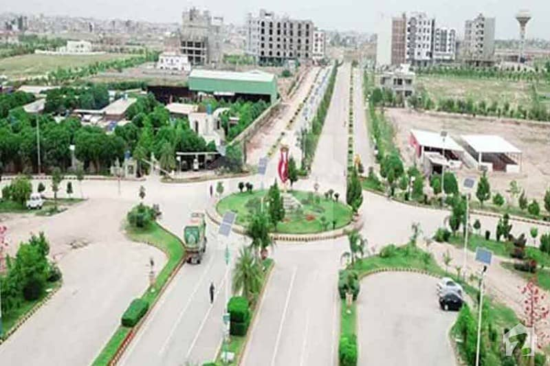 1 kanal plot file  for sale on 4 years of Installments in Gulberg Islamabad