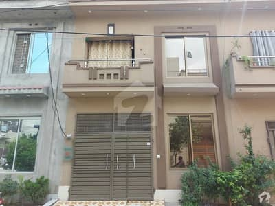 In Lalazaar Garden House Sized 3 Marla For Sale
