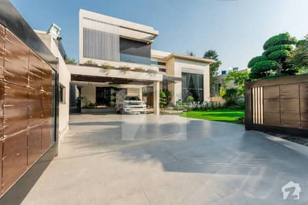 Out of Market Top Class Design Brand New Bungalow