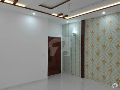 10 Marla House In Architects Engineers Housing Society For Sale At Good Location