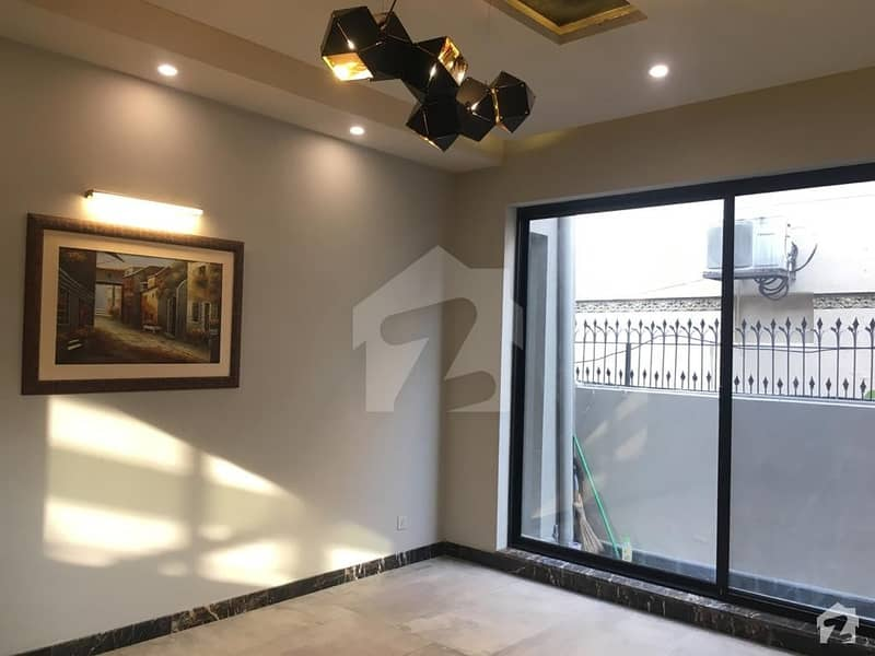 1 Kanal House For Sale In DHA Defence