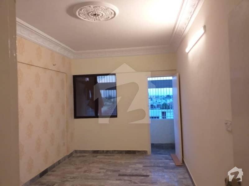 سحر کمرشل ایریا ڈی ایچ اے فیز 7 ڈی ایچ اے کراچی میں 2 کمروں کا 5 مرلہ فلیٹ 1.2 کروڑ میں برائے فروخت۔