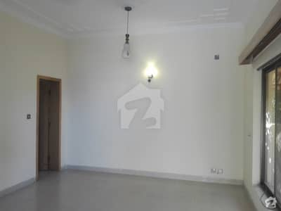 Bahria Town Rawalpindi Flat For Rent Sized 400 Square Feet