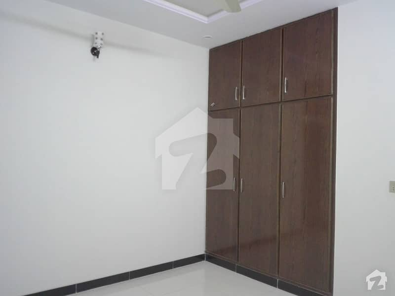 House Sized 5 Marla Is Available For Rent In Bahria Town