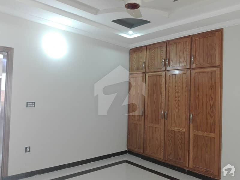 Bahria Town House Sized 10 Marla