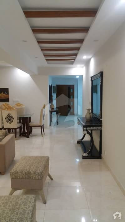 عسکری 10 - سیکٹر ایف عسکری 10 عسکری لاہور میں 4 کمروں کا 12 مرلہ فلیٹ 3 کروڑ میں برائے فروخت۔